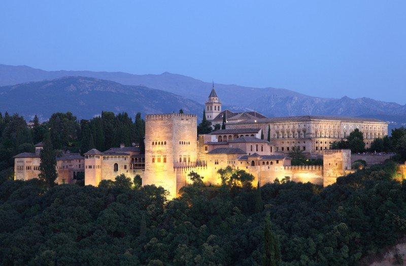 La Alhambra recibió un mayor número de turistas nacionales. #shu#