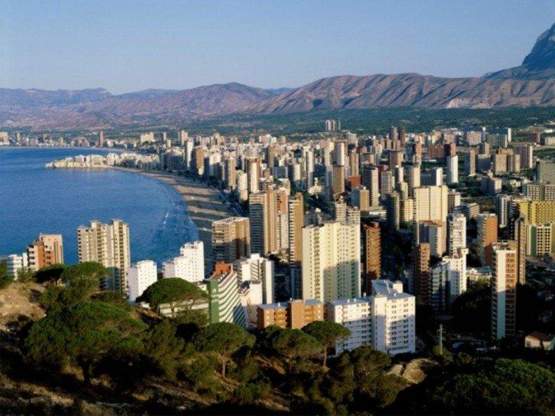 Benidorm, la Costa Blanca y la provincia de Alicante han registrado en 2013 índices de ocupación históricos.