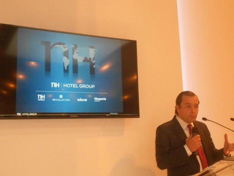 El CEO de NH Hotel Group, Federico González Tejera, en la presentación del plan estratégico de la cadena en Fitur.