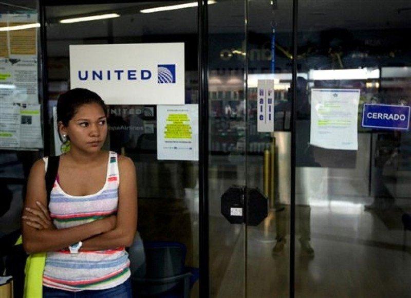 Oficina de United en Caracas, cerrada (AP Foto/Alejandro Cegarra).