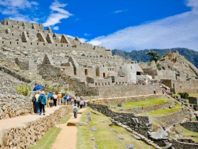 Turistas en Machu Picchu. #shu#