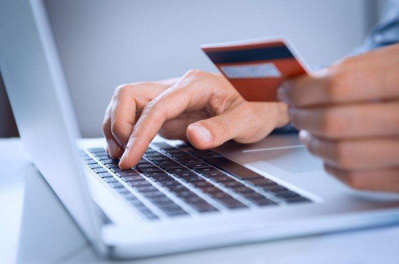 Casi el 29% del e-commerce en Argentina es por pasajes y turismo