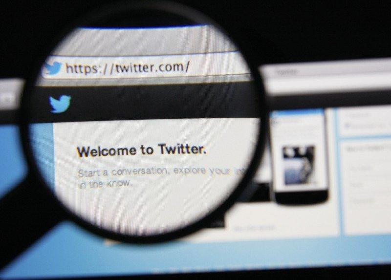 La búsqueda en Twitter puede ser una herramienta esencial para el descubrimiento e investigación de mercados. Gil C / #shu#.