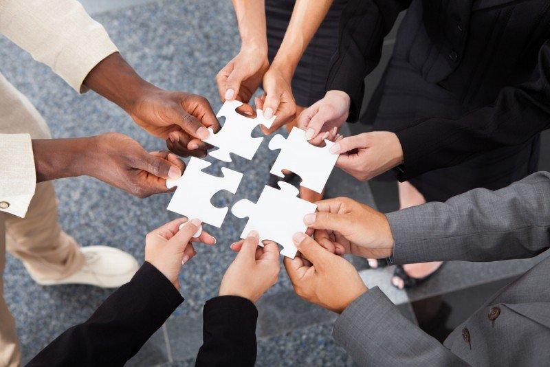 La suma de la calidad de datos, integración y gestión es la gobernanza de datos, que permite gestionar los activos de datos de la empresa. #shu#