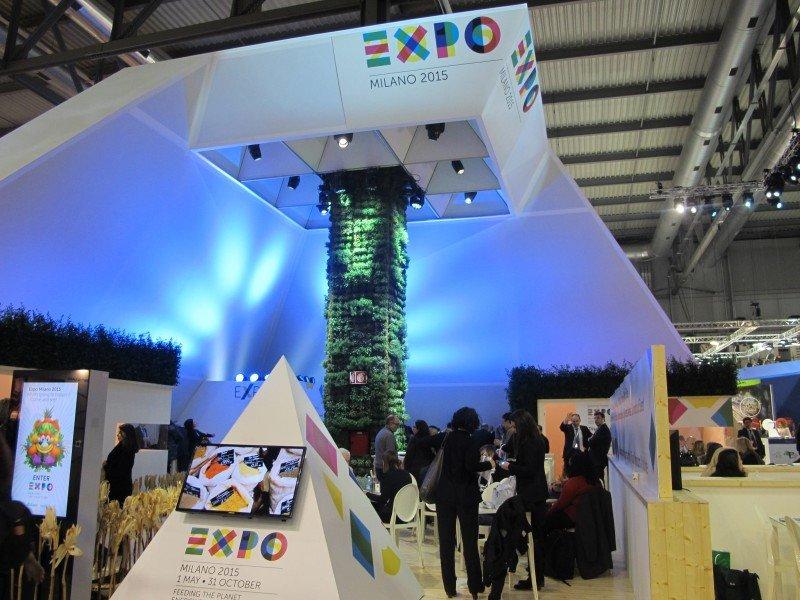 El stand de la Expo 2015 en la BIT de Milán.