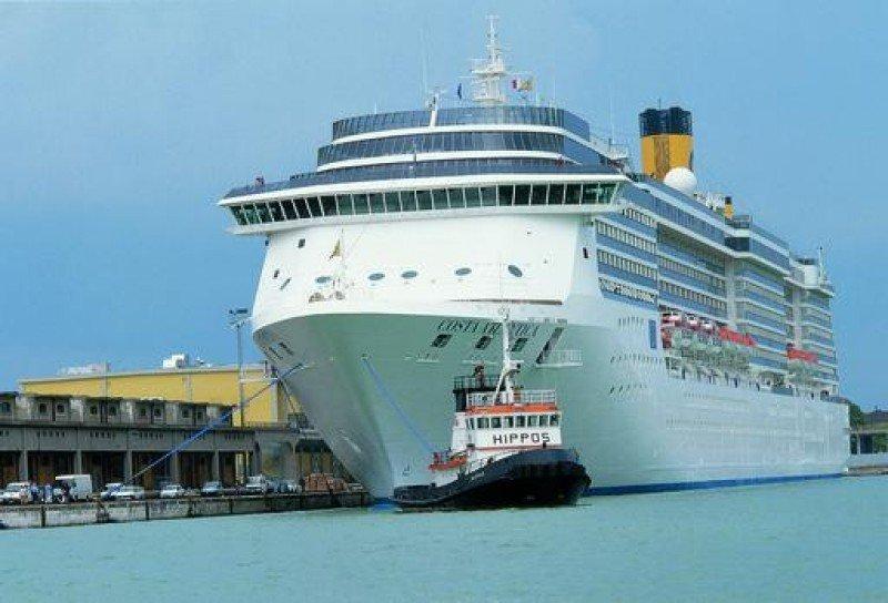 Los Puertos de Baleares recibirán un 3% más de cruceros en 2014