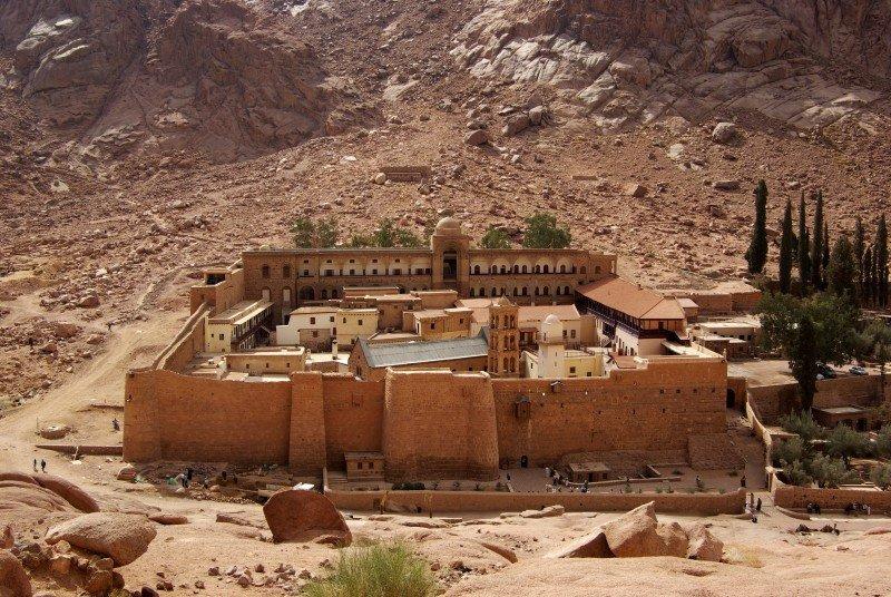 TUI y Thomas Cook anulan las excursiones al monasterio de Santa Catalina en Egipto