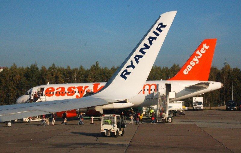 Multan a Ryanair y EasyJet con más de 1 M € por prácticas engañosas