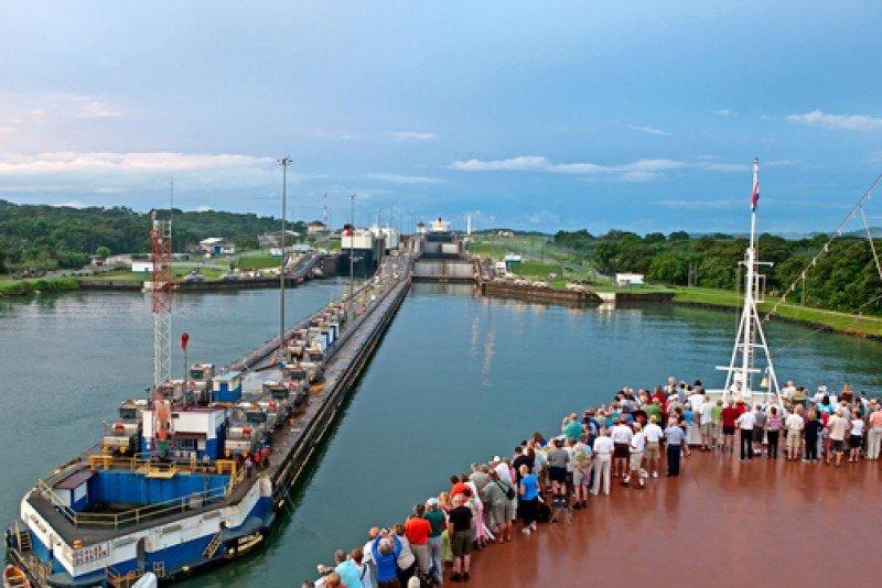 El Canal de Panamá es una de las principales atracciones turísticas del país. #shu#