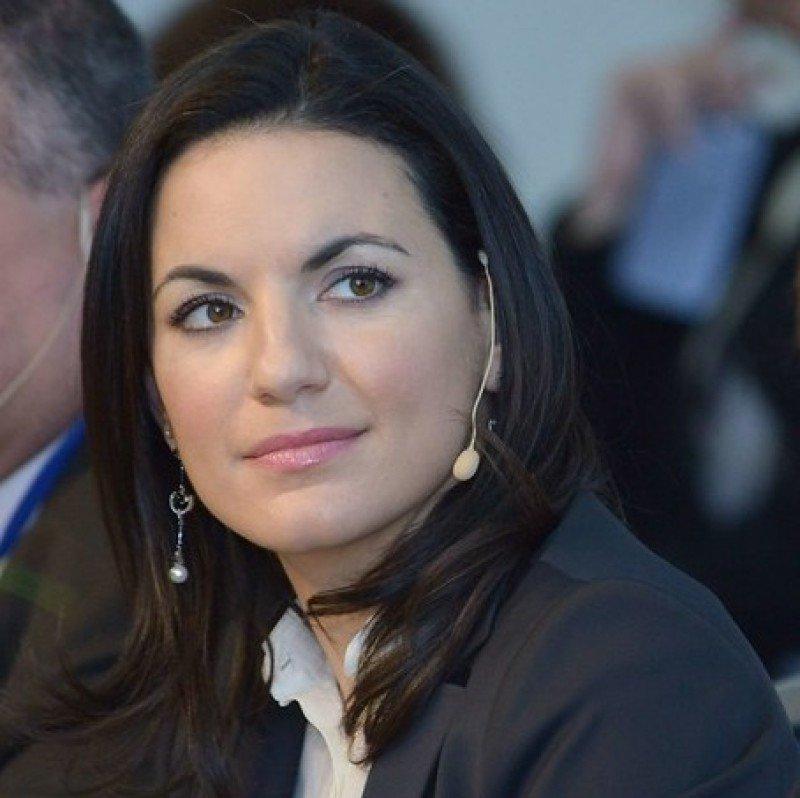 Olga Kefaloyanni, ministra de Turismo de Grecia.