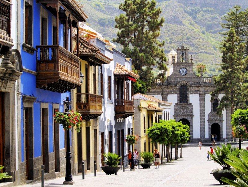 Gran Canaria tiene muchas plazas necesitadas de renovación. #shu#.