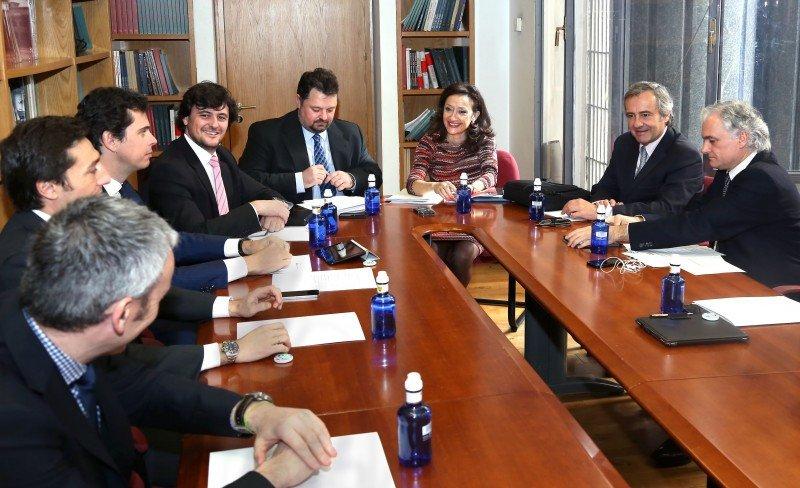 La viceconsejera de Turismo y Cultura, Carmen González, preside la primera reunión de la junta directiva de la Asociación Plataforma Logística.
