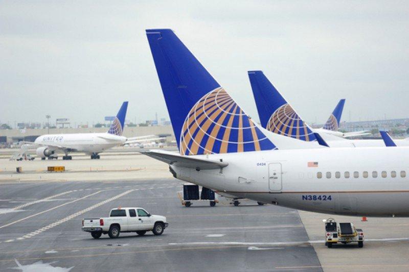 United Airlines anticipa retrasos y cancelaciones en varias ciudades