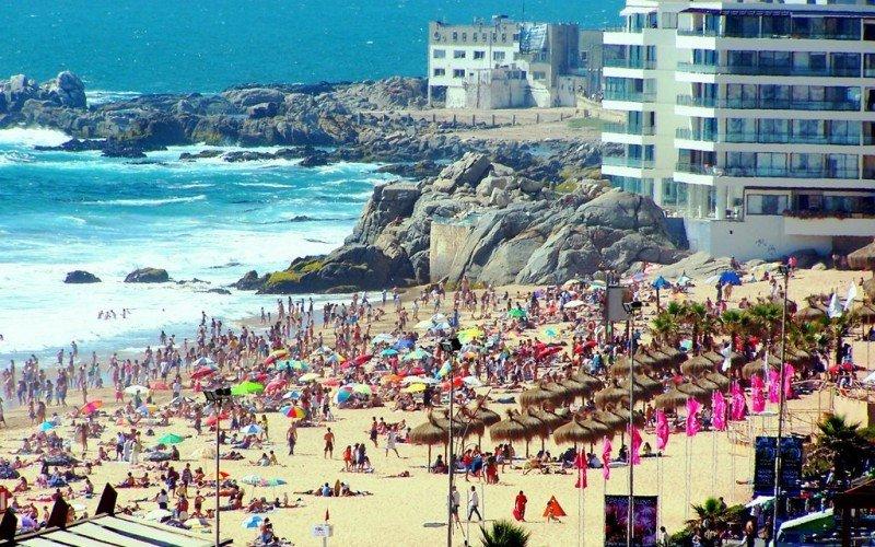 Playa Reñaca es una de las más conocidas pero no es apta para el baño.