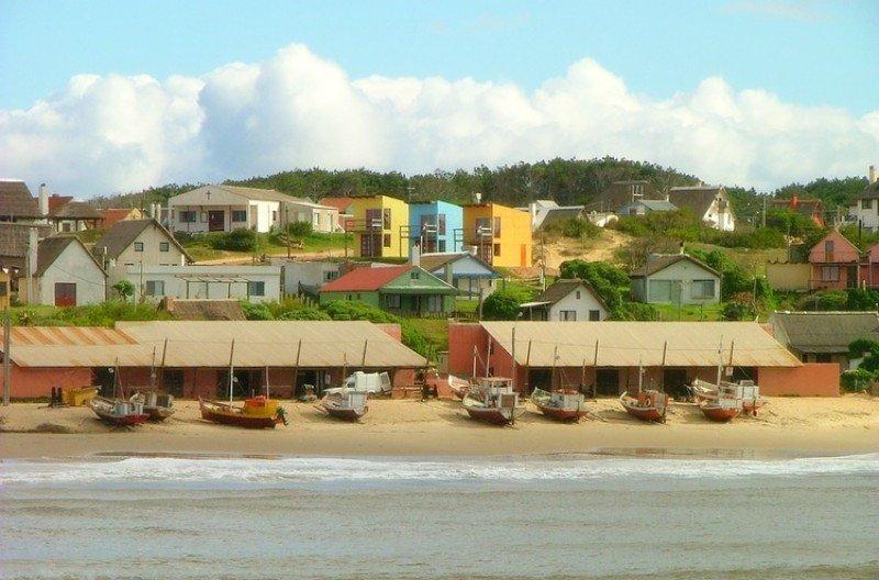 Punta del Diablo, un balneario con alta demanda en Carnaval.