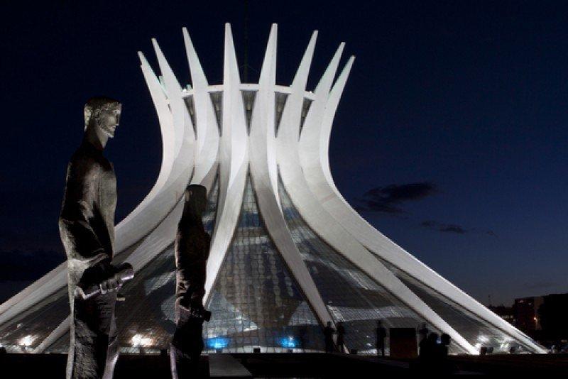 La capital de Brasil espera recibir unos 35.000 delegados en el Fórum Mundial del Agua. #shu#