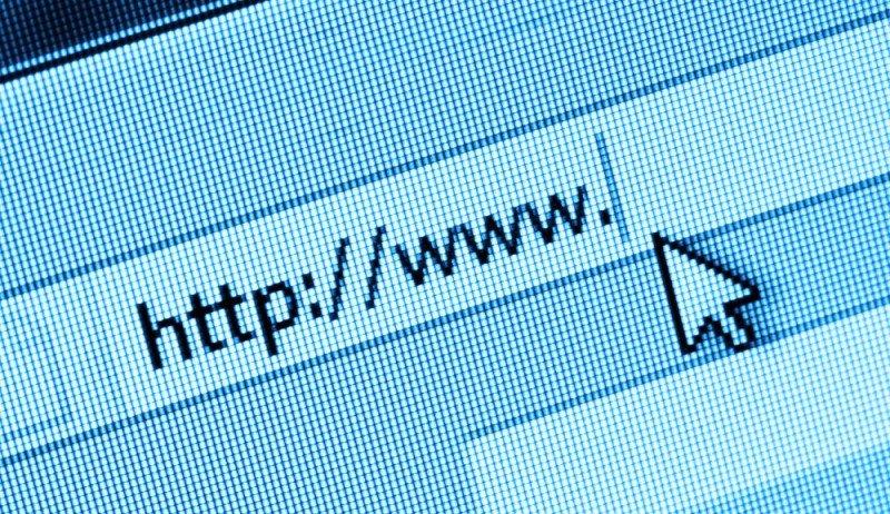 El cobro apunta a combatir el robo de identidad en las páginas de internet.