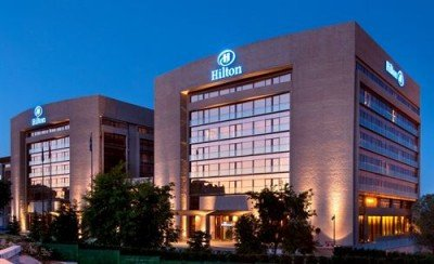 Hilton ganó US$ 415 millones en 2013.