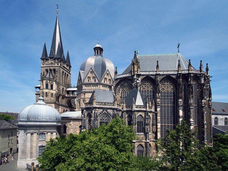 La catedral de Aquisgrán fue en 1978 el primer bien cultural alemán Patrimonio de la Humanidad.