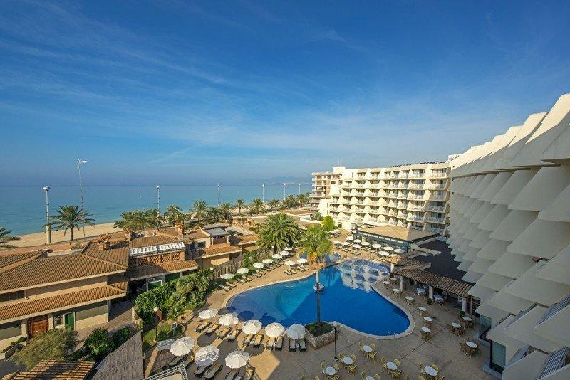 La cadena va a renovar los servicios del Iberostar Royal Playa de Palma para que alcance la categoría 5 estrellas.