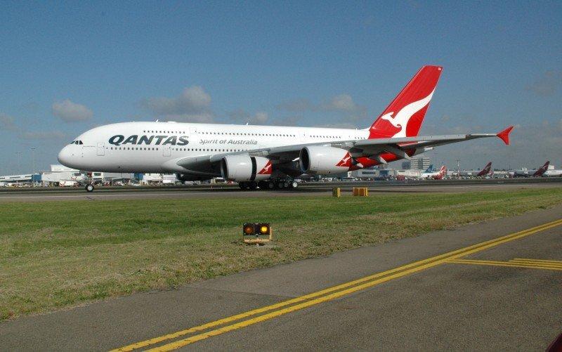 Qantas: Australia cambiará las normas de propiedad de la compañía para salvarla