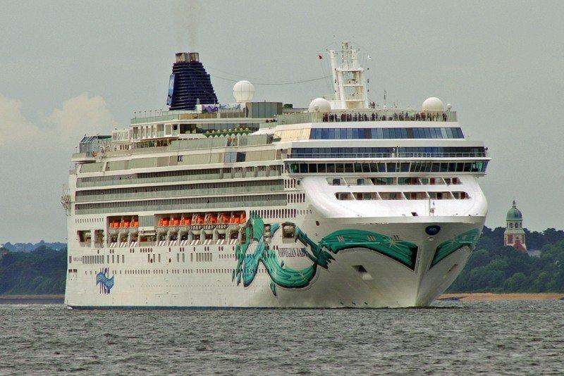 Los pasajeros viajaban en el Norwegian Jade.