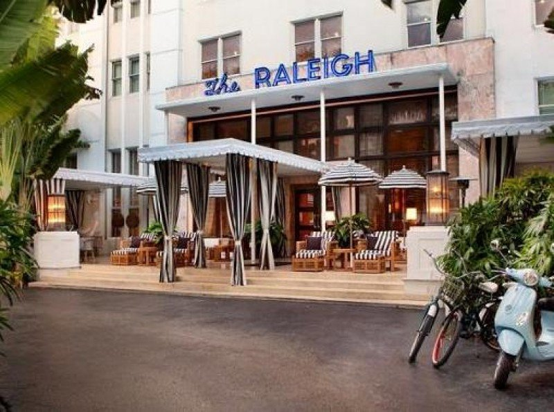 El hotel Raleigh de Miami será el primero de la marca Hilfiger Hospitality, aunque no cambiará de nombre.