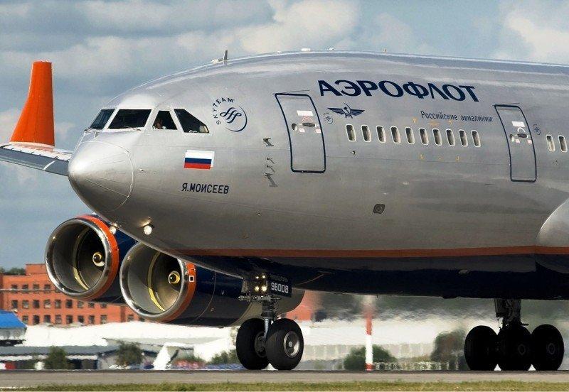 Ucrania obliga a los pilotos rusos a dormir en el avión, denuncia Aeroflot