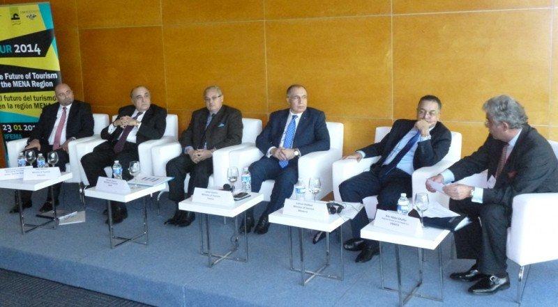Una imagen del debate con ministros de turismo de Egipto, Túnez y Marruecos que tuvo lugar en Fitur.