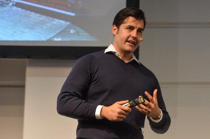 Lee McCabe, responsable global de estrategia turística de Facebook, durante la feria ITB de Berlín.