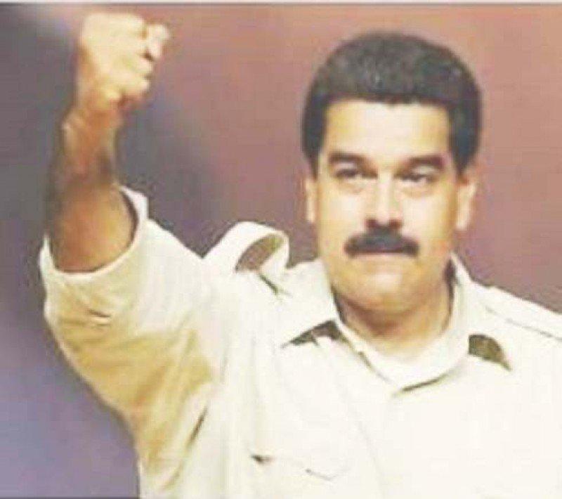 Maduro amenaza a las aerolíneas pero no dice cuándo paga