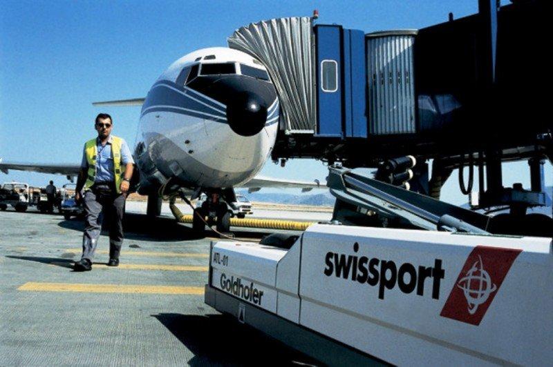 Aena recibe 10 ofertas por el handling en 22 aeropuertos