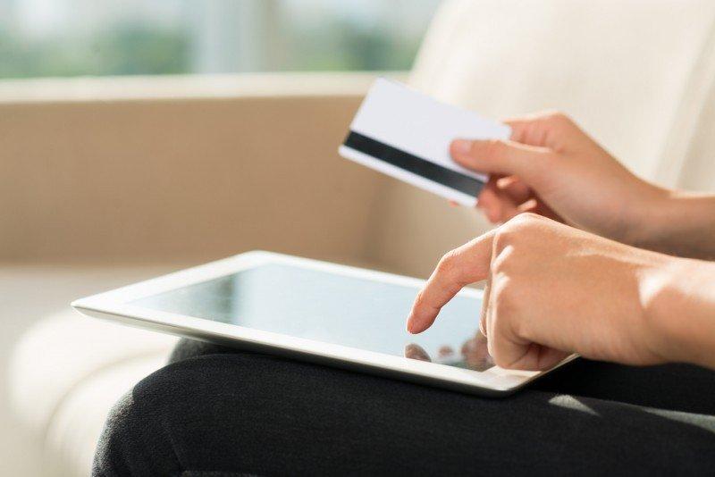 La facturación total del comercio electrónico alcanza los 3.185 millone de euros. #shu#