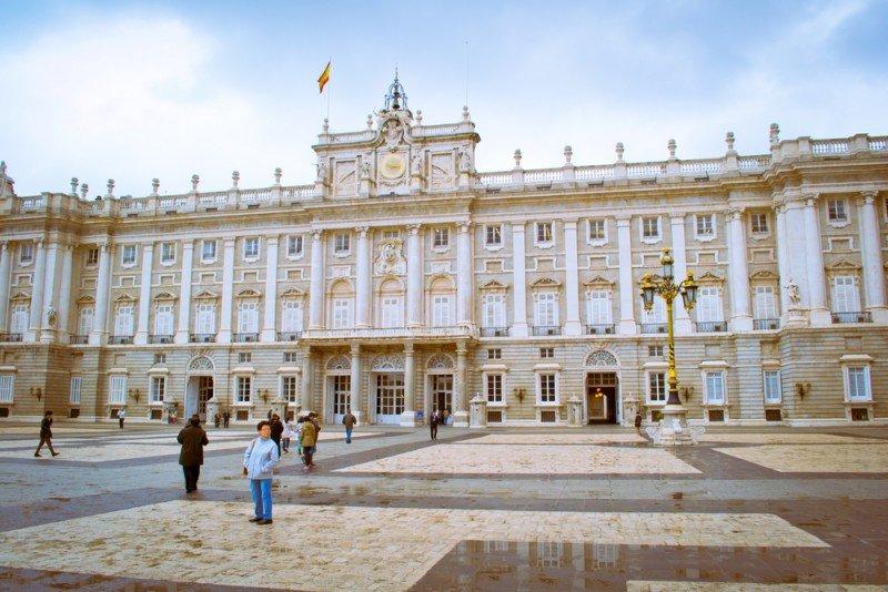 La Comunidad de Madrid registró 630.000 turistas extranjeros en febrero. #shu#