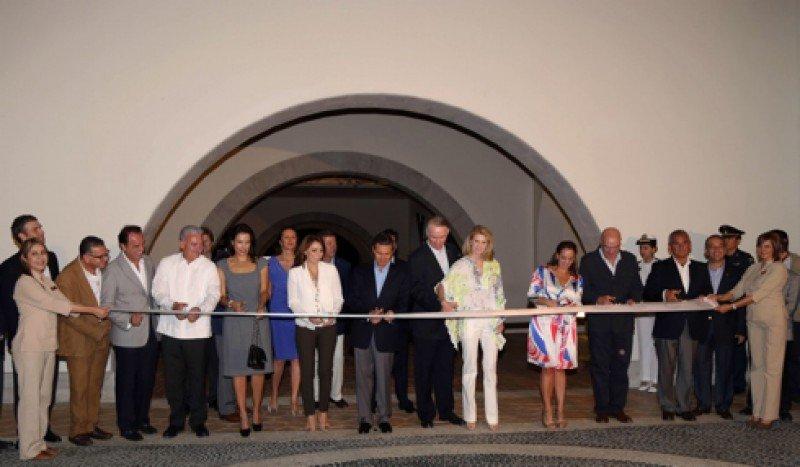 Peña Nieto inaugura el hotel Secrets Puerto Los Cabos de AMResorts