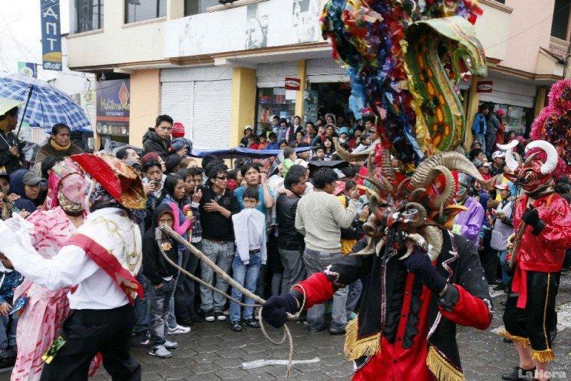 Se movilizaron 1.133.093 personas dentro de Ecuador.