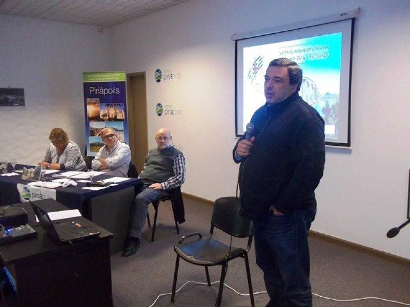 Ministro de Economía Mario Bergara en la reunión de la Cámara Uruguay de Turismo en Piriápolis.