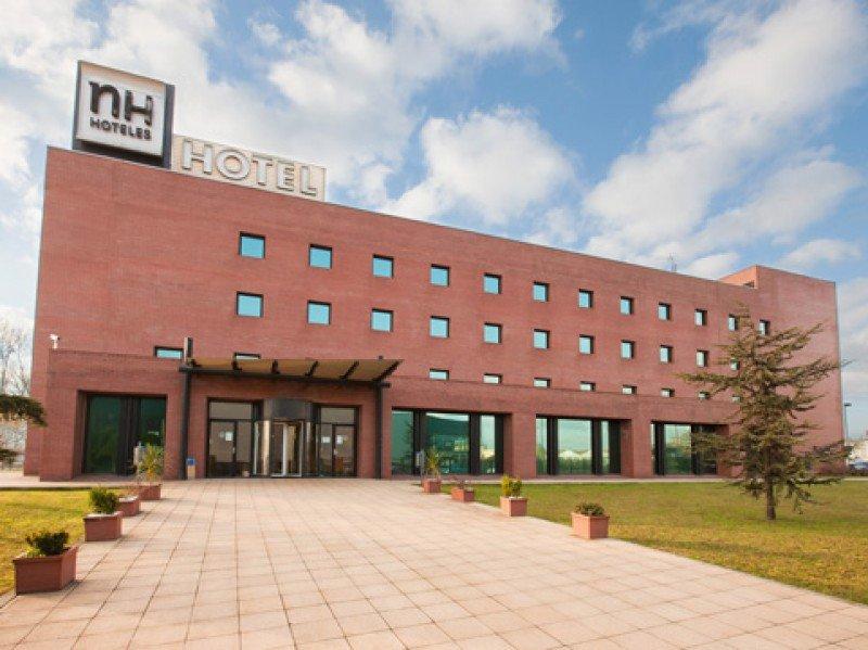 Domus Hoteles gestionará el NH Parayas