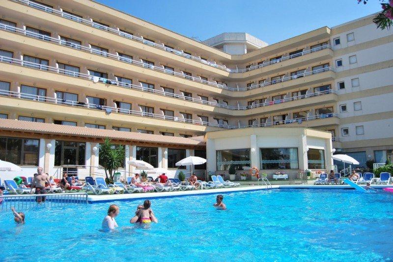 Los hoteles Clumba Mar (en la imagen) y Sarah son los únicos que continúan adelante en el proceso, por lo que probablemente vuelvan a manos de Stil Hotels.