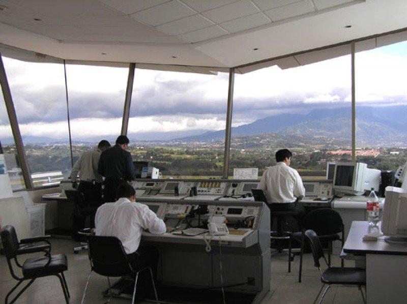 Nace el mayor centro de capacitación en control de tráfico aéreo de Latinoamérica