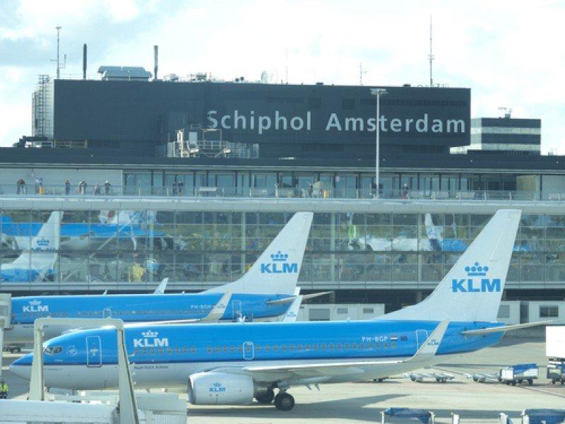 Aviones de la aerolína holandesa KLM en el aeropuerto de Schiphol Amsterdam. #shu#