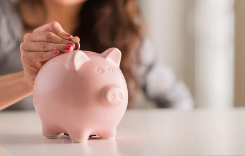 La gran parte de los ahorros de los hogares españoles  se encuentra en efectivo y depósitos. #shu#