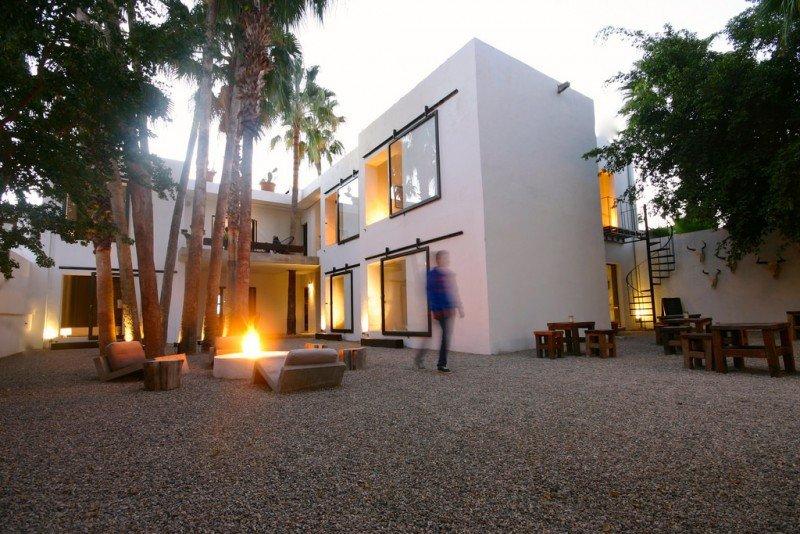 La tarifa por noche del Drift San José es de 54 euros y los clientes pueden elegir entre las ocho que hay la habitación que quieran al llegar, en función de la disponibilidad.