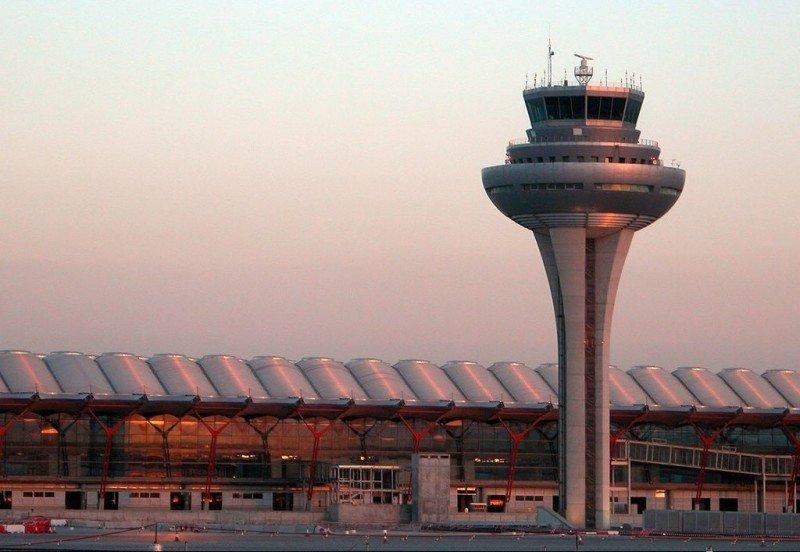 Los retrasos aéreos bajan en Madrid un 80% y en Barcelona un 60%