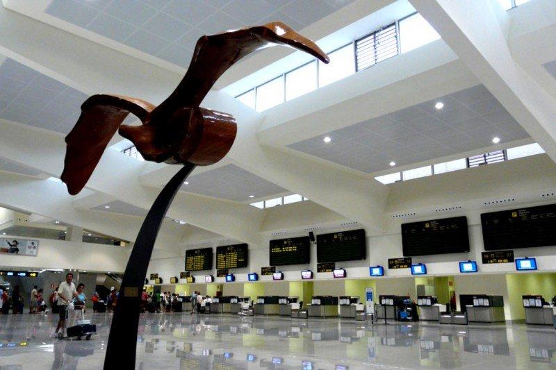 La ruta aérea Menorca-Madrid estará garantizada en temporada baja