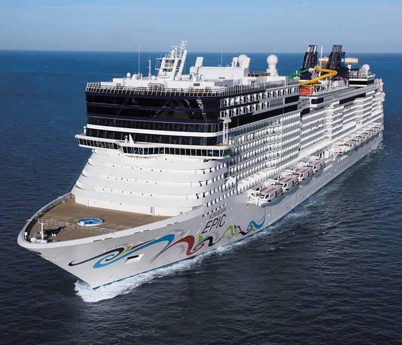 El Norwegian Epic realizará dos itinerarios por la Península en otoño de 2015