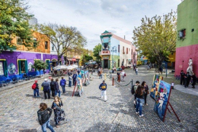 Argentina concentró el 77% de los viajes de uruguayos al exterior en 2013. #shu#