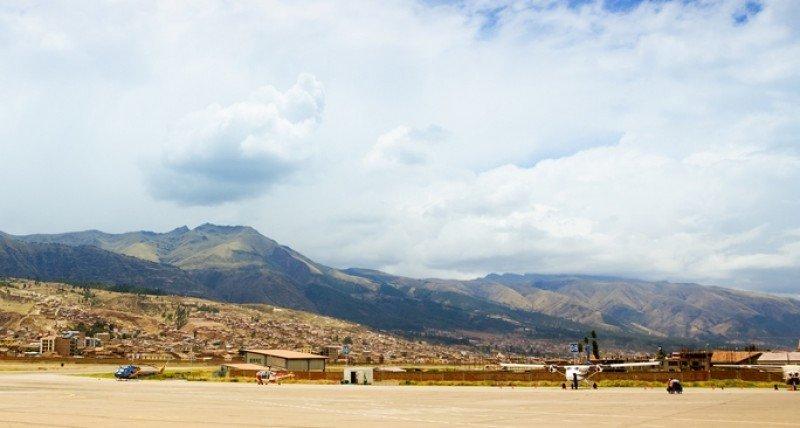 El actual aeropuerto de Cuzco, en medio de la ciudad, será sustituido. #shu#