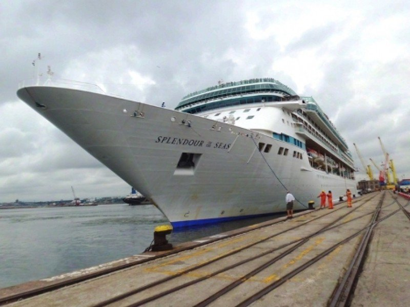 Con el Splendour of the Seas se despide la temporada de cruceros en Uruguay.