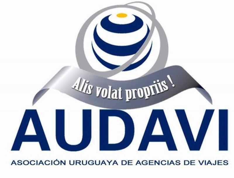 Exposición y conferencias en primer workshop anual de AUDAVI en Montevideo